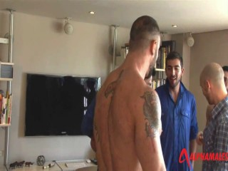 Muscle Daddy Group Sex All-Play