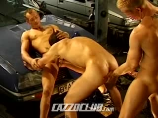 New mechanic gets fucked hard
