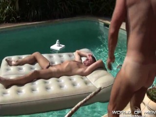 Miami Silver Daddy Hunter Poolside Pairing